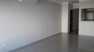 Apartamento En Alquileren Santo Domingo, Serralles, Republica Dominicana, DO RAH: 17-1309