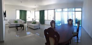 Apartamento En Ventaen Distrito Nacional, Naco, Republica Dominicana, DO RAH: 18-122