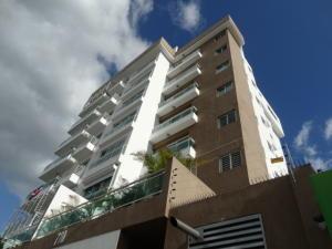 Apartamento En Alquileren Santo Domingo, Evaristo Morales, Republica Dominicana, DO RAH: 18-239