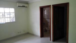 Apartamento En Alquileren Santo Domingo, Bella Vista, Republica Dominicana, DO RAH: 18-245
