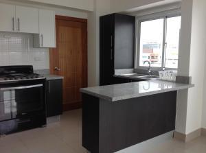 Apartamento En Alquileren Santo Domingo, Evaristo Morales, Republica Dominicana, DO RAH: 18-246