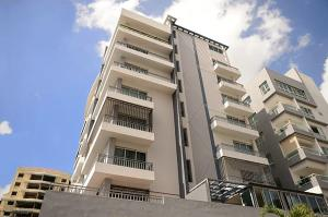 Apartamento En Alquileren Santo Domingo, Naco, Republica Dominicana, DO RAH: 18-248