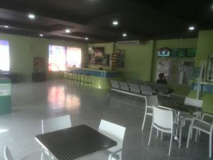 Local Comercial En Ventaen Santo Domingo, Villa Mella, Republica Dominicana, DO RAH: 18-263