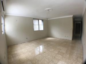 Oficina En Alquileren Santo Domingo, Los Cacicazgos, Republica Dominicana, DO RAH: 18-273