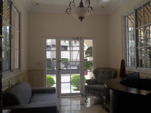Apartamento En Ventaen Santo Domingo, Bella Vista, Republica Dominicana, DO RAH: 18-288