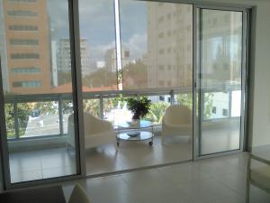 Apartamento En Alquileren Santo Domingo Dtto Nacional, Evaristo Morales, Republica Dominicana, DO RAH: 18-290