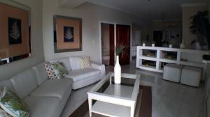 Apartamento En Alquileren Santo Domingo Dtto Nacional, Evaristo Morales, Republica Dominicana, DO RAH: 18-301