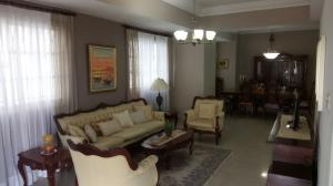 Apartamento En Alquileren Santo Domingo, Bella Vista, Republica Dominicana, DO RAH: 18-302