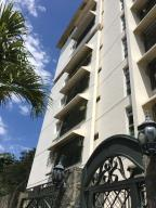 Apartamento En Ventaen Distrito Nacional, Serralles, Republica Dominicana, DO RAH: 18-314