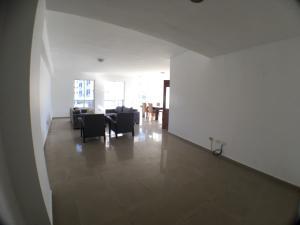 Apartamento En Alquileren Santo Domingo Dtto Nacional, Esperilla, Republica Dominicana, DO RAH: 18-342