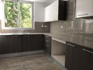 Apartamento En Ventaen Santo Domingo, Serralles, Republica Dominicana, DO RAH: 18-360