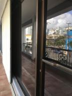 Local Comercial En Alquileren Santo Domingo, Naco, Republica Dominicana, DO RAH: 18-391
