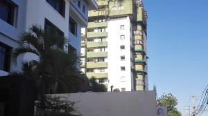 Apartamento En Alquileren Santo Domingo, Bella Vista, Republica Dominicana, DO RAH: 18-417