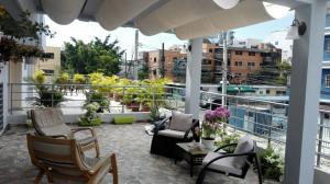 Apartamento En Ventaen Santo Domingo, Evaristo Morales, Republica Dominicana, DO RAH: 18-420