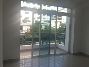 Apartamento En Alquileren Santo Domingo, Bella Vista, Republica Dominicana, DO RAH: 18-430