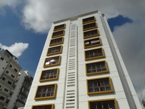 Apartamento En Ventaen Santo Domingo, Gazcue, Republica Dominicana, DO RAH: 18-433
