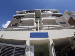 Apartamento En Ventaen Santo Domingo, Los Prados, Republica Dominicana, DO RAH: 18-437