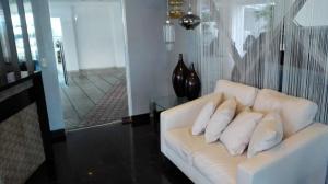 Apartamento En Alquileren Distrito Nacional, Bella Vista, Republica Dominicana, DO RAH: 18-445
