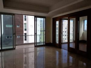 Apartamento En Ventaen Beach Walk, Serralles, Republica Dominicana, DO RAH: 18-451