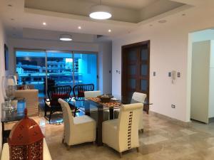 Apartamento En Alquileren Santo Domingo Dtto Nacional, Serralles, Republica Dominicana, DO RAH: 18-453