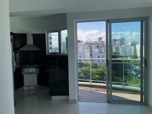 Apartamento En Alquileren Santo Domingo Dtto Nacional, Piantini, Republica Dominicana, DO RAH: 18-460