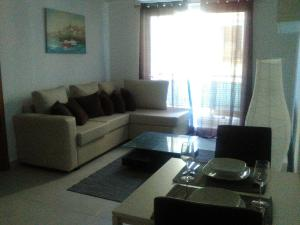 Apartamento En Alquileren Santo Domingo Dtto Nacional, Serralles, Republica Dominicana, DO RAH: 18-469