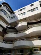 Apartamento En Alquileren Santo Domingo Dtto Nacional, Bella Vista, Republica Dominicana, DO RAH: 18-474