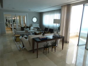 Apartamento En Ventaen Beach Walk, Serralles, Republica Dominicana, DO RAH: 18-490