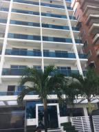 Apartamento En Alquileren Santo Domingo Dtto Nacional, Bella Vista, Republica Dominicana, DO RAH: 18-515