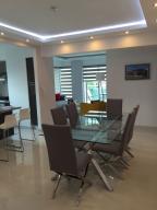 Apartamento En Ventaen Santo Domingo Dtto Nacional, Piantini, Republica Dominicana, DO RAH: 18-533