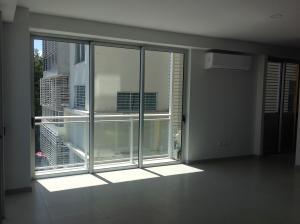 Apartamento En Alquileren Santo Domingo Dtto Nacional, Evaristo Morales, Republica Dominicana, DO RAH: 18-572