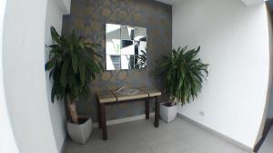 Apartamento En Alquileren Santo Domingo Dtto Nacional, Bella Vista, Republica Dominicana, DO RAH: 18-585