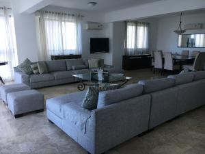 Apartamento En Alquileren Santo Domingo Dtto Nacional, Los Cacicazgos, Republica Dominicana, DO RAH: 18-613