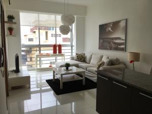 Apartamento En Alquileren Santo Domingo Dtto Nacional, Serralles, Republica Dominicana, DO RAH: 18-617