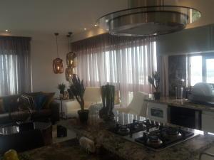 Apartamento En Ventaen Santo Domingo Dtto Nacional, Los Cacicazgos, Republica Dominicana, DO RAH: 18-626