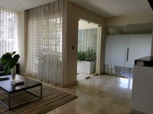 Apartamento En Alquileren Santo Domingo Dtto Nacional, Paraiso, Republica Dominicana, DO RAH: 18-712