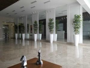 Apartamento En Alquileren Santo Domingo Dtto Nacional, Esperilla, Republica Dominicana, DO RAH: 18-713