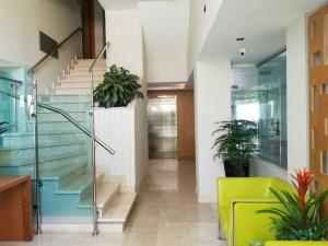 Apartamento En Ventaen Santo Domingo Dtto Nacional, Bella Vista, Republica Dominicana, DO RAH: 18-725