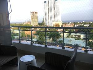 Apartamento En Ventaen Santo Domingo Dtto Nacional, Los Cacicazgos, Republica Dominicana, DO RAH: 18-734