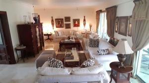 Apartamento En Alquileren Santo Domingo Dtto Nacional, Serralles, Republica Dominicana, DO RAH: 18-743