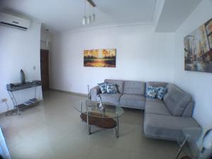Apartamento En Alquileren Santo Domingo Dtto Nacional, Vergel, Republica Dominicana, DO RAH: 18-530