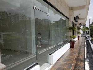 Local Comercial En Alquileren Santo Domingo Dtto Nacional, Piantini, Republica Dominicana, DO RAH: 18-818