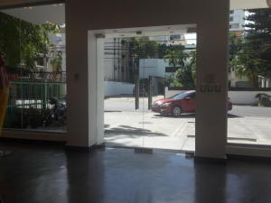 Local Comercial En Alquileren Distrito Nacional, Julienta Morales, Republica Dominicana, DO RAH: 18-825
