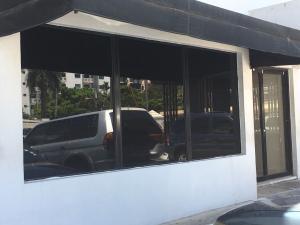 Local Comercial En Alquileren Distrito Nacional, Evaristo Morales, Republica Dominicana, DO RAH: 18-840
