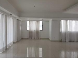 Apartamento En Ventaen Santo Domingo Dtto Nacional, Piantini, Republica Dominicana, DO RAH: 18-873