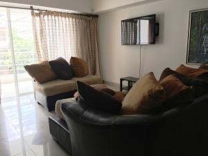 Apartamento En Alquileren Santo Domingo Dtto Nacional, Piantini, Republica Dominicana, DO RAH: 18-972