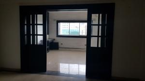 Apartamento En Alquileren Distrito Nacional, El Vergel, Republica Dominicana, DO RAH: 18-994