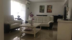 Apartamento En Alquileren Distrito Nacional, La Esperilla, Republica Dominicana, DO RAH: 18-996