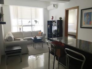Apartamento En Alquileren Santo Domingo Dtto Nacional, Serralles, Republica Dominicana, DO RAH: 18-999