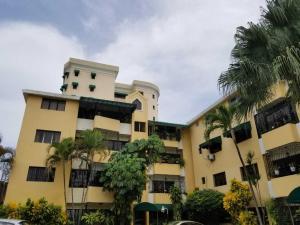 Apartamento En Alquileren Santo Domingo Dtto Nacional, Bella Vista, Republica Dominicana, DO RAH: 18-1001
